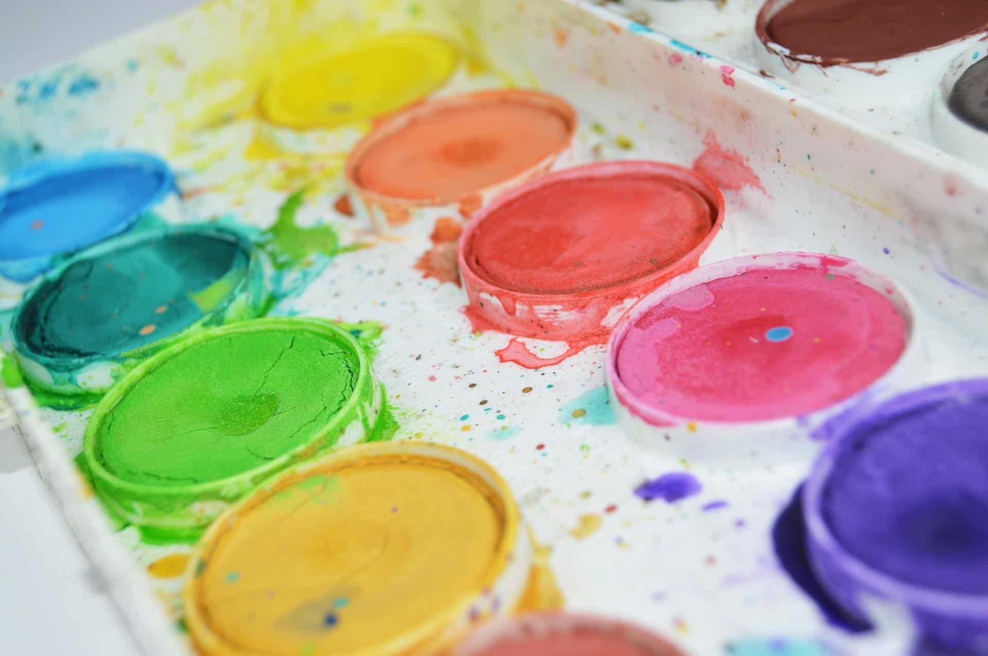 gouache different color